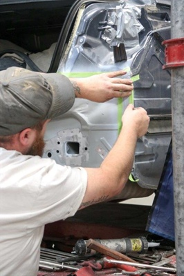 College of the Redwoods teams with local auto body shops for collision repair class